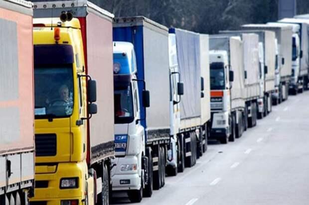 Бизнесмены предупредили Медведева, что из-за заморозки цен на топливо подорожают продукты