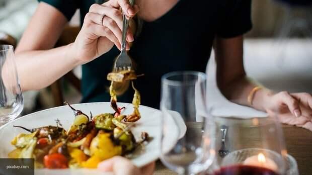 """Эксперты объяснили, какой компонент превращает еду в """"отраву"""""""