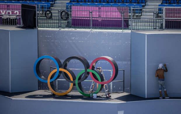 Скандал за день до открытия Олимпиады в Токио: кого уволили из-за шутки