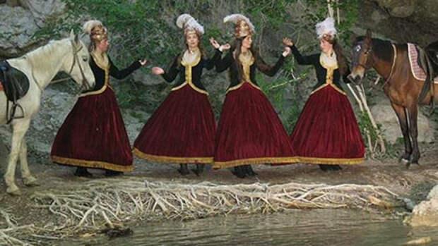 Как Григорий Потемкин создал в Крыму роту «Амазонок» для Екатерины II.