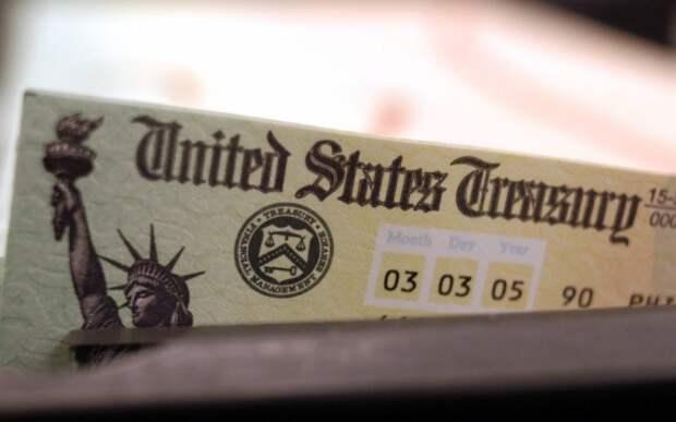 Американский долг тихо становится только американским.