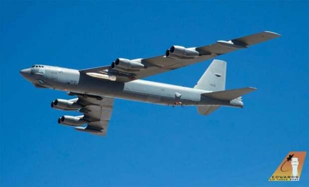 Бомбардировщик B-52: полёт длиной в сто лет