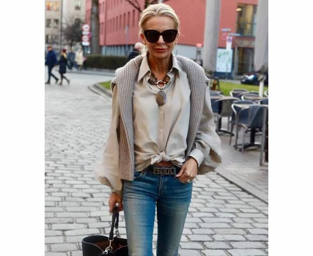 Разберёмся, почему рубашка — это лучший выбор для возрастной женщины (которая хочет оставаться красивой)