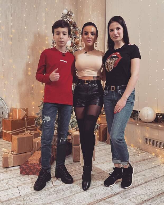 Дочери певицы МакSим и другие подросшие дети звёзд нулевых