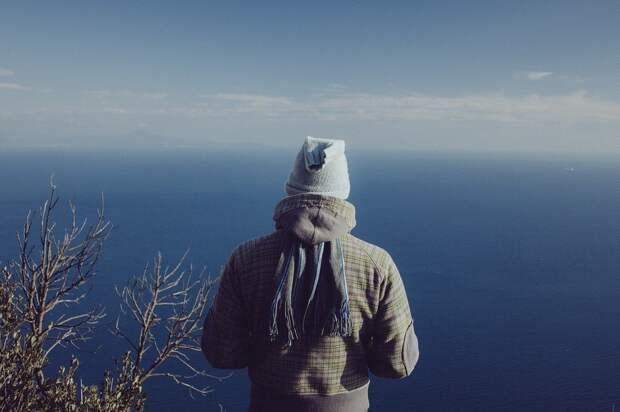Человек, Океан, Море, Шапка, Шарф, Куртка, Стоя