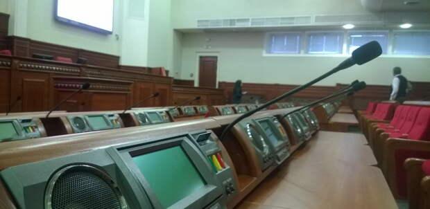 В Киевсовет снова прошли лоббисты, купившие голоса неимущих киевлян