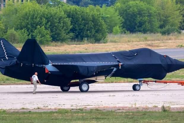 Стало известно о первом полёте российского истребителя Су-75