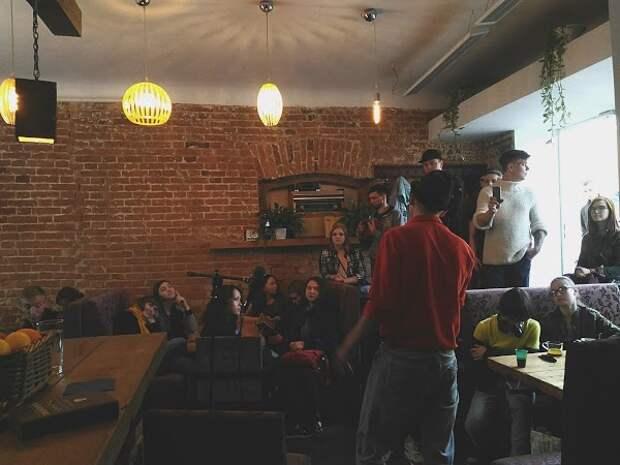 В Омске выставили на продажу известный молодежный бар «Ленинград»