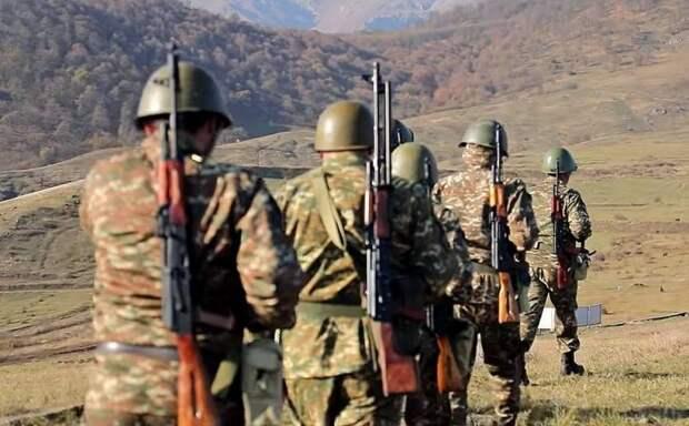 Армянских военных вывели из окружения, российские миротворцы занимают спорные территории