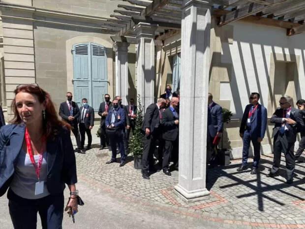 «Уйдите вон!» – американцы устроили драку на встрече Путина-Байдена