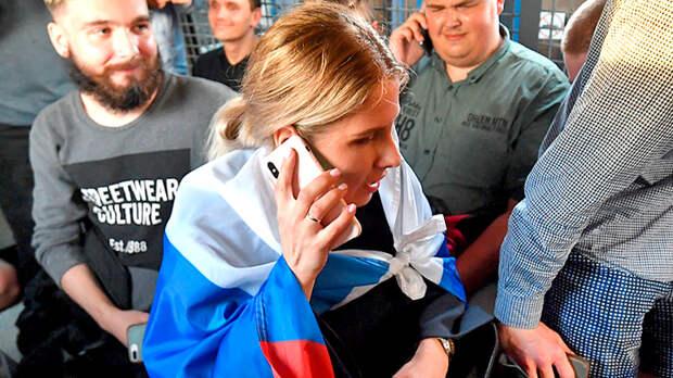 Крах проекта Навальный: Вслед за остальными за границу уехала Любовь Соболь