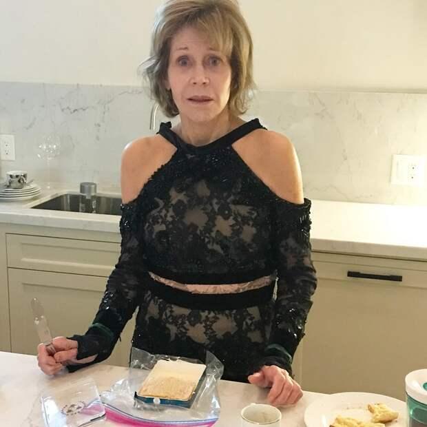 82-летняя Джейн Фонда решила покончить с пластическими операциями