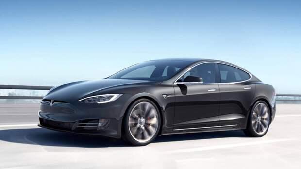 Критика Tesla привела к сокращению продаж американских электрокаров в Китае