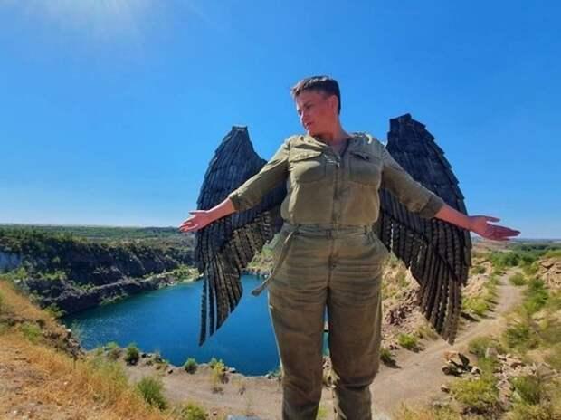 """""""Надю откормили"""": Савченко затравили из-за фото"""