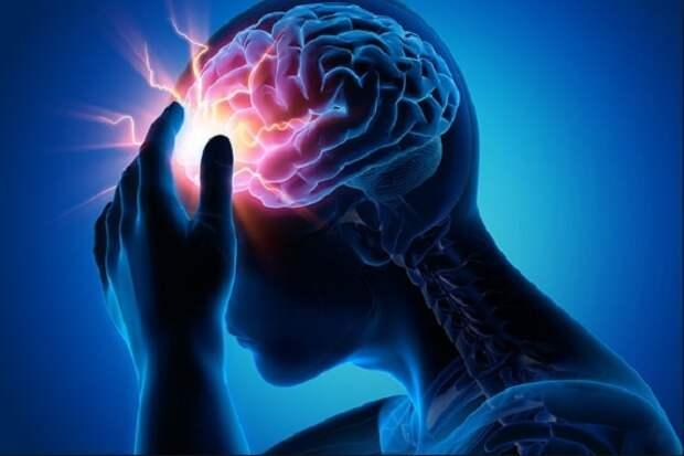 Врачи перечислили три главных симптома инсульта