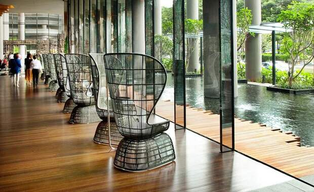 Parkroyal12 Уникальный сад на фасаде отеля в Сингапуре
