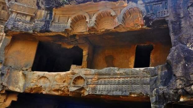 Буддийские пещеры Бхаджа — одна из древнейших святынь Индии