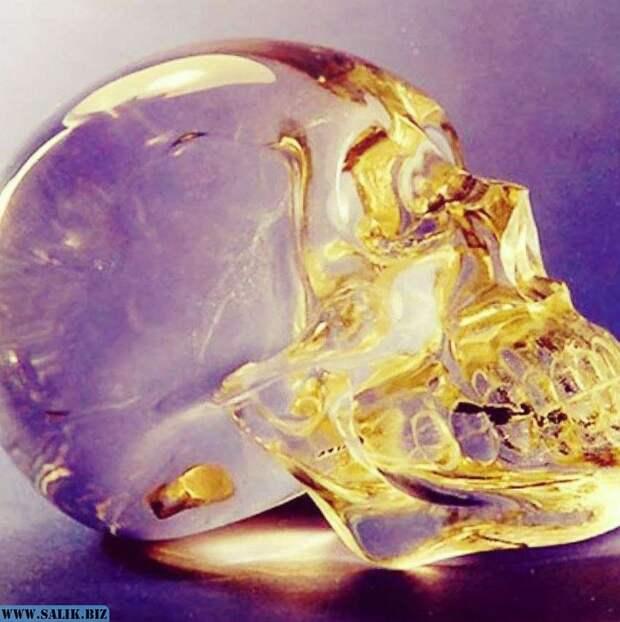 Хрустальный череп Митчелла-Хеджеса: таинственная реликвия