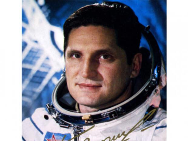 ТАСС ни словом не обмолвился о том, что пришлось пережить космонавту Борису Волынову