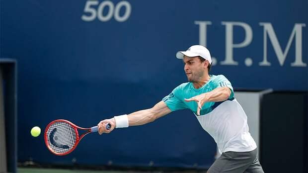 Карацев вышел в полуфинал турнира в Дубае