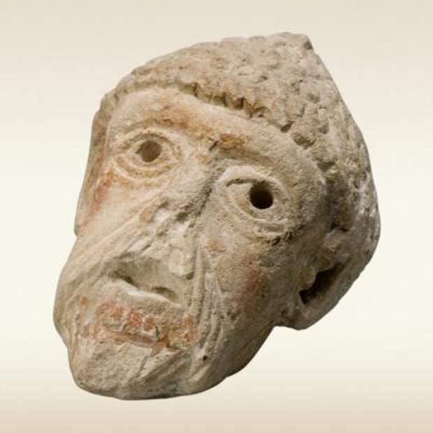 Мужская голова. Скульптура. 12 век