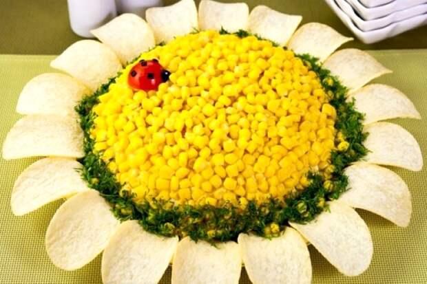 Четыре красивых «цветочных» салата на праздничный стол