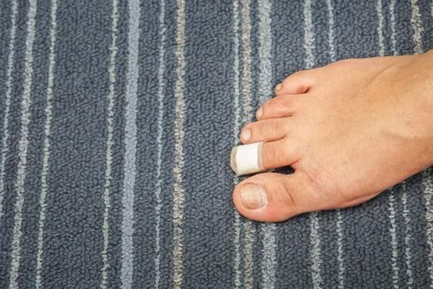 Почему ушиб пальца ноги так болезнен?