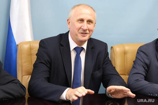 Пресс-конференция с директором департамента промышленности Саносяном Андреем. Курган, портрет, ермишкин виктор