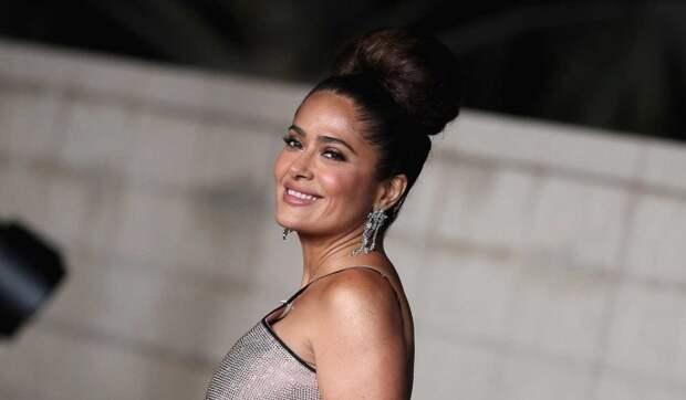 Сальма Хайек в бикини порадовала народ откровенным фото: Греческая королева!