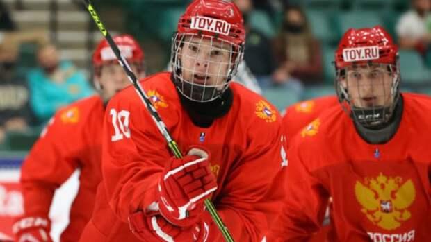 Сборная России по хоккею обыграла финнов со счетом 6:5 и вышла в финал ЮЧМ
