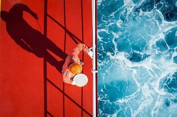 1. Покраска палубы контраст, красота, нефотошоп, новое и старое, различие, россия, фотография