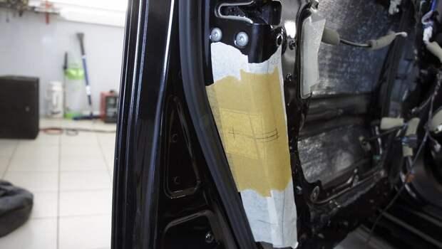 Как устанавливаются универсальные доводчики дверей автомобиля