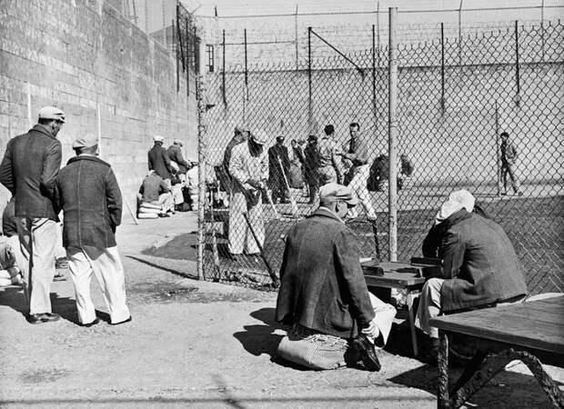 6 атмосферных исторических фото тюрьмы Алькатрас
