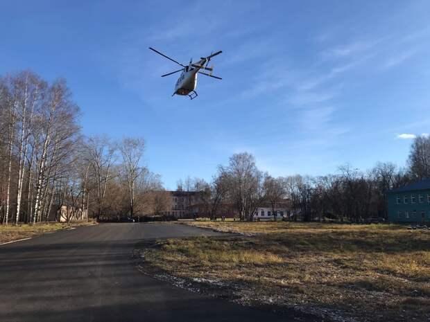 В Глазовской больнице обеспокоены играми детей на вертолетной площадке