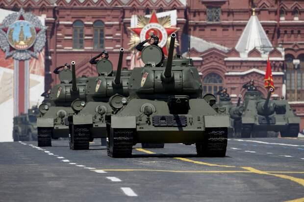 Иностранцев на парад Победы не пригласят: в Кремле назвали причину