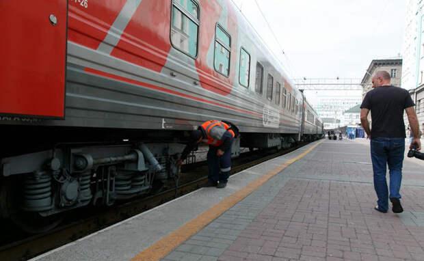 Под колесами поездов гибнут люди в капюшонах и наушниках