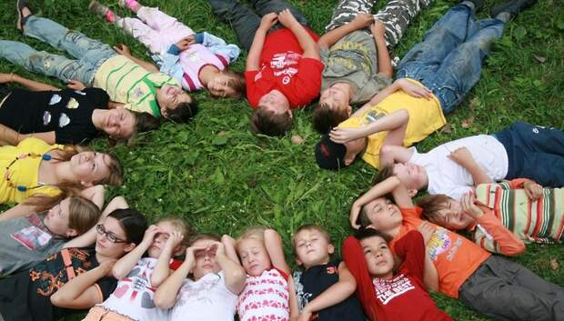 Рекомендации по подготовке детей к летнему лагерю составили для жителей Подмосковья