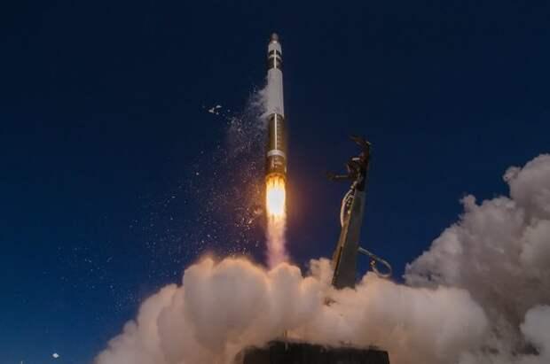Первый китайский космический многоразовый корабль благополучно приземлился на Землю