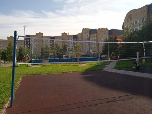 На волейбольное поле в Куркине вернули сетку — управа
