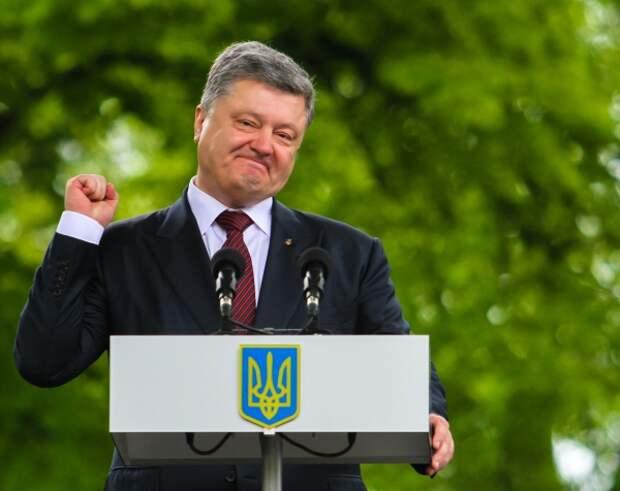 Выборы прошли, Порошенко не угомонился: экс-президент-уголовник пытается вернуть себе власть популистскими обещаниями