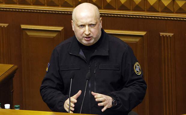 В Крыму отреагировали на призыв Турчинова напасть на полуостров