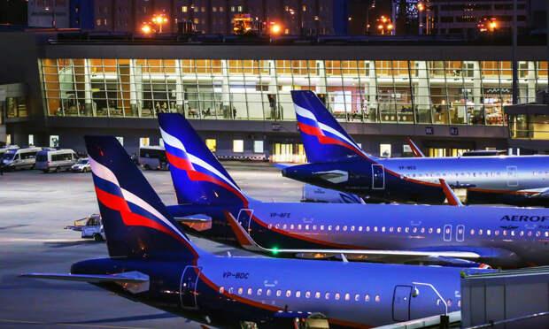 «Аэрофлоту» одобрили закупку 100 самолетов Boeing и Airbus