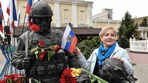 Крымская реальность и пустая болтовня в киевской цирюльне