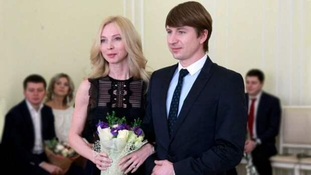 Две свадьбы Ягудина иТотьмяниной: роспись вКрасноярске, скрыли отдочери (проговорился Ургант), отметили вТурции