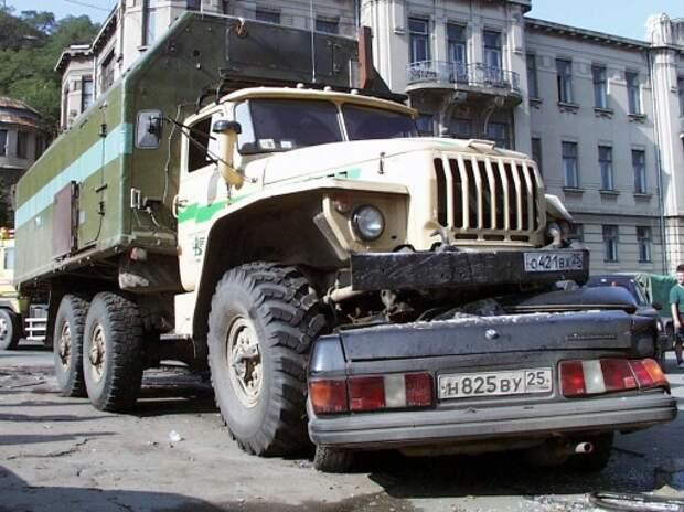 Статистика ГИБДД: более 30% ДТП в России произошло из-за плохих дорог