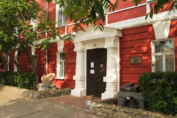 Алтайский краеведческий музей, находящийся в Барнауле
