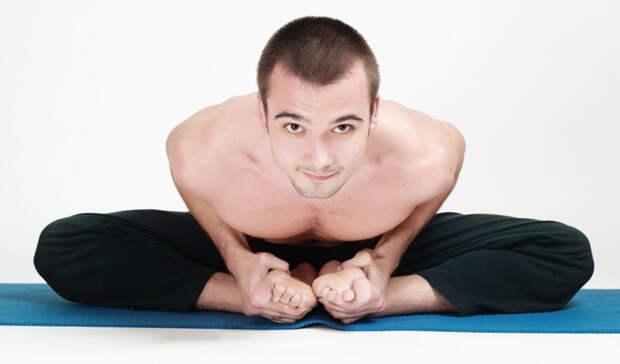 Выполняем базовую растяжку для повышения гибкости тела