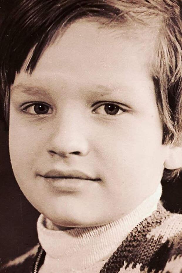 Чао, бамбино. Почему Сергей Лемох отказался помогать дочери-алкоголичке и маленькой внучке