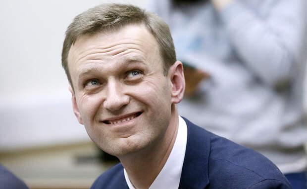 Навальный красиво кидает лохов, жертвующих ему последние средства на «борьбу с режимом»