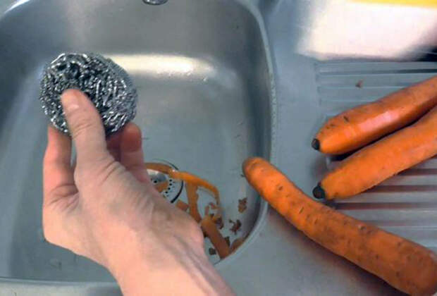 Лайфхак для чистки | Фото: Большой Вопрос.